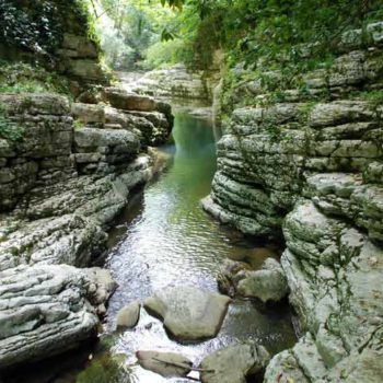 Агурские водопады и ущелье в Сочи
