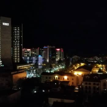 Фото центр Сочи ночью